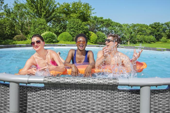 <small>Bestway® Spring into the Pool Party</small>