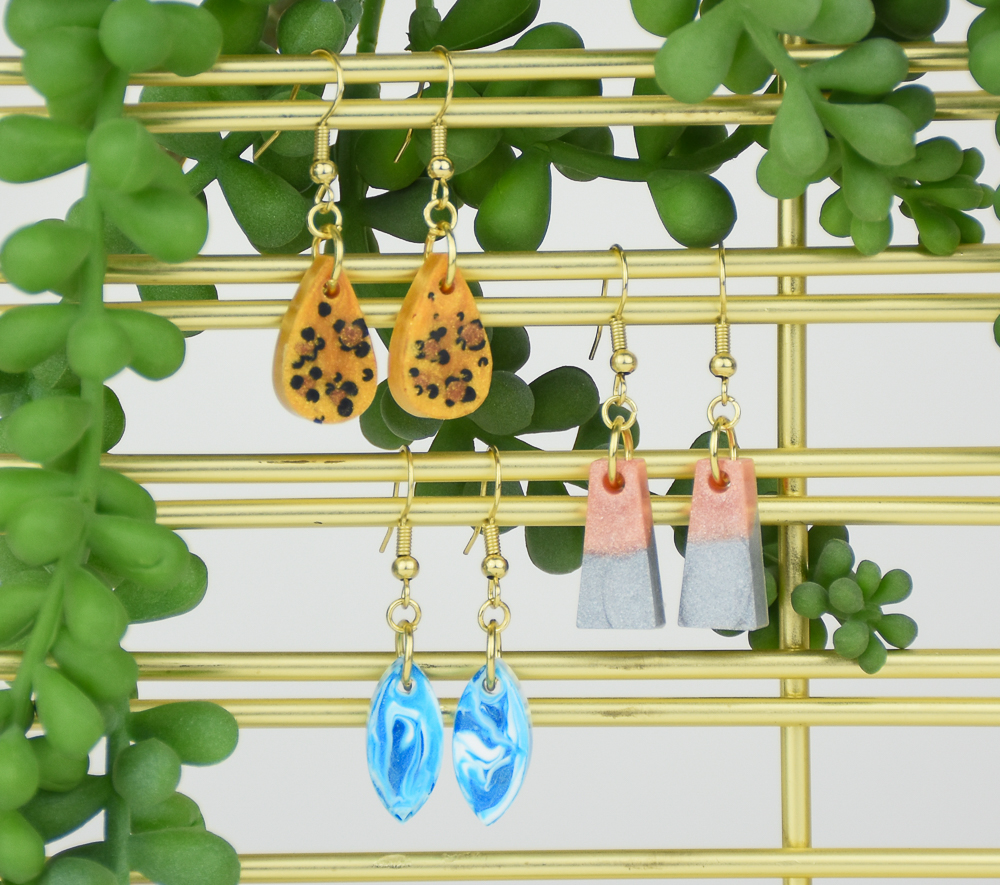 <small>Liquid Sculpey® Earrings Party</small>